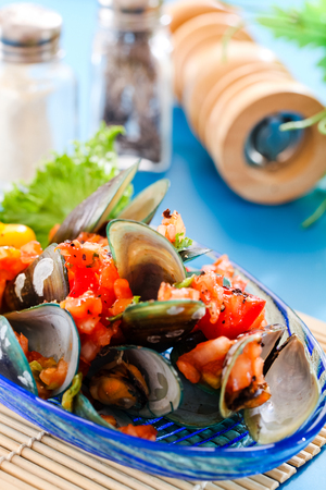 mussel: Baked mussels with  tomato sauce and vegetable