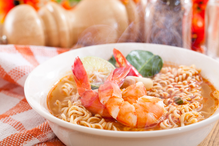Spicy instant noodles soup with shrimp Reklamní fotografie