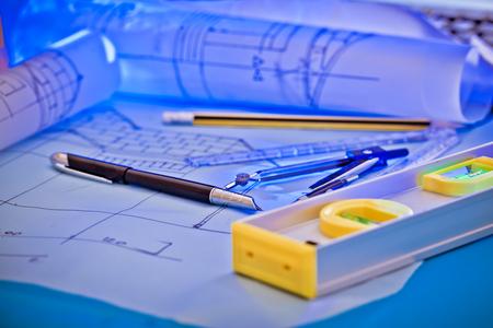 Diseño arquitectónico y planos de proyectos.
