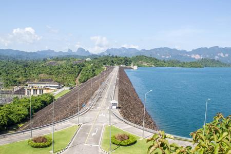 thani: Ratchaprapa Dam (Chaew Lan Dam) Surat Thani, Thailand