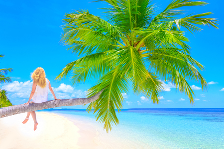 Dreamscape Escape with beauty girl on Maldives Zdjęcie Seryjne