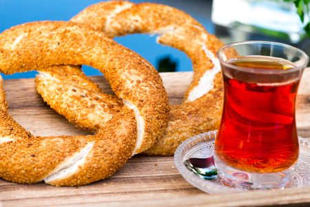 Sesame ring with  tea