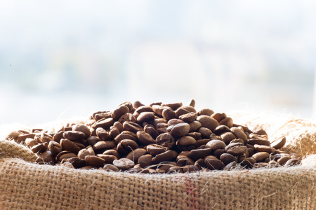 Coffee beans in the sack Stockfoto