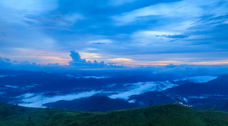 Landscape sea of mist in Kanchanaburi province  border of Thailand and Myanmar. 免版税图像