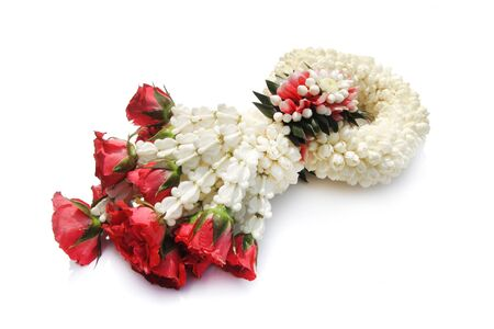 l natural: Thai treditional style garland flower in white background