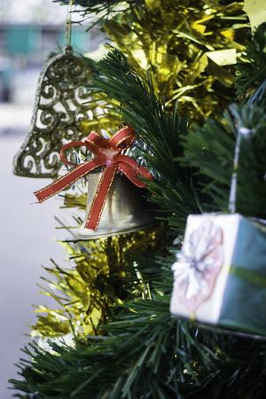 Beautiful items decorated Christmas tree Standard-Bild