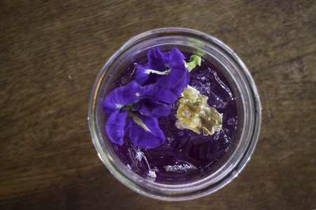 Iced lemon juice mixed with butterfly pea drink, stockphoto