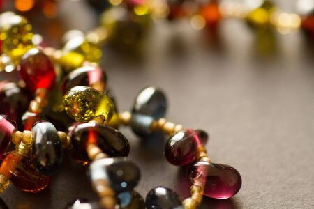 variegated: bead color