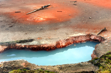 iron oxide: Blue thermal pool is part of the Artists Paint Pots in Yellowstone National Park in Montana.