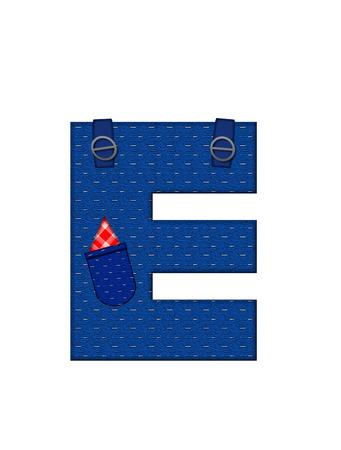 E、アルファベットで「農民ブラウン」を設定された文字はストラップ、ポケット付きデニムです。 市松模様のハンカチをポケットからピークします