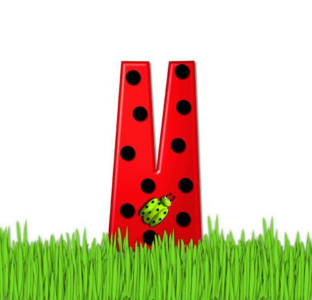 """mariquitas: La letra V de color rojo, en el conjunto de alfabeto de """"Lady Bug Red,"""" tiene grandes lunares negro y está decorado con mariquitas en 3D. Carta se encuentra en alto, hierba jardín. Foto de archivo"""