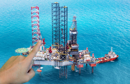 drilling platform: Offshore oil rig drilling platform in the gulf,Industrial and business concept