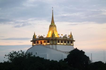 Golden Mountain, Bangkok, Thailand photo