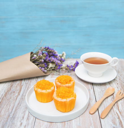 Tasty cups cake  with tea on table decrorate Stock Photo