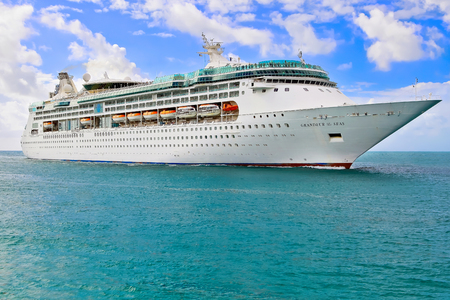 grandeur: MIAMI, USA - APRIL 12, 2017: Royal Caribbean cruise ship Grandeur of the Seas sailing to port of Miami