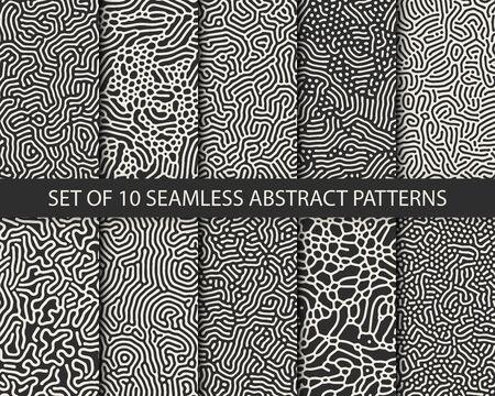 Set of 10 vector seamless monochrome organic rounded jumble maze lines patterns. Abstract backgrounds Illusztráció