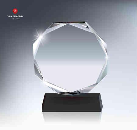 La concesión del trofeo de cristal en blanco realista Foto de archivo - 55482048