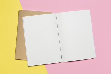 open notebook with pencil on a gray background. Office notepad flat lay. Top view with copy space 版權商用圖片