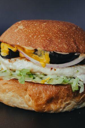 fresh tasty burger on black background Stockfoto - 129197765