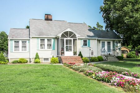 Lovely Colonial family home south of Dover Delaware Редакционное
