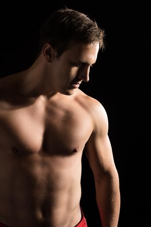artes marciales mixtas: Retrato de un luchador mixta masculino cauc�sico hermoso artes marciales.