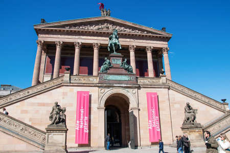 alte: BERLIN, MARCH 19  Alte Nationalgalerie at Museumsinsel in Berlin  It is a gallery showing a collection of Neoclassical, Romantic, Biedermeier, Impressionist and early Modernist artwork, March 19, 2011