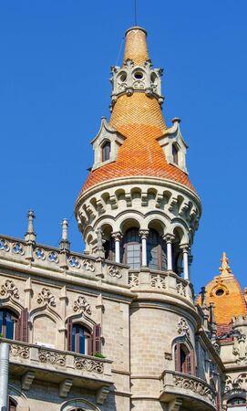 etrurian: Detail of a building in Barcelona, Spain