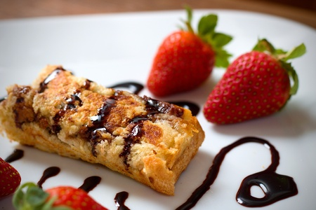 French toast roll with strawberries