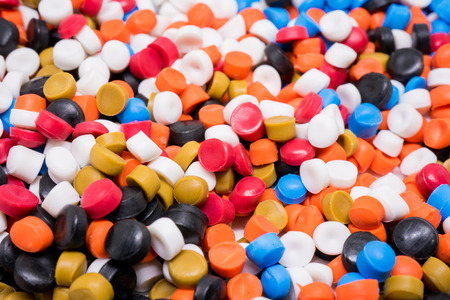 Mix Plastic pellets. Colorant for plastics. Imagens