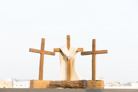 3 krzyże na górze w dobry piątek.
