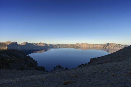 Crater Lake Sunrise - Sunrises on Crater Lake National Park. 스톡 콘텐츠