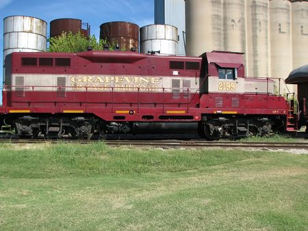 Vintage Railroad Train Engine, Grain Elevators & Tanks Stock Photo - 1862183