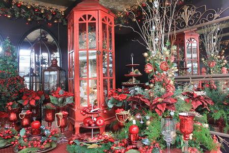 christmas carols: Decorations