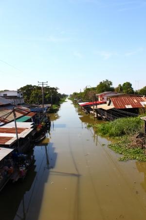 krottenwijk: Sloppenwijk in thailand Stockfoto