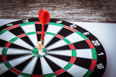 taget: Concept No Smooking,Cigrette on dart,Taget quit Smooking