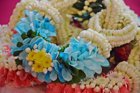 Garlands with hundreds of leaves with blue color for Songkran festival, Congratulations on the New Year and many occasions. Banco de Imagens