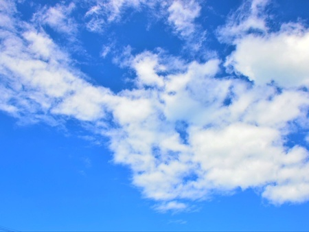 White clouds in the blue sky. Banco de Imagens