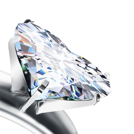 coeur diamant: brillante bague en diamant coupe le c?ur