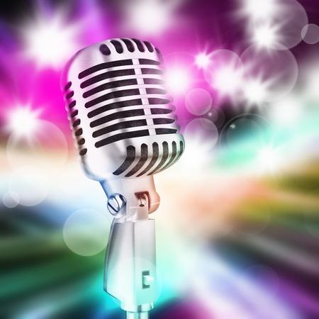 microfono de radio: micrófono en el fondo de iluminación escénica