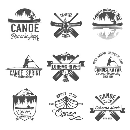 Set of vintage mountain, rafting, kayaking, paddling, canoeing camp logo, labels and badges. Stylish Monochrome design. Outdoor activity theme. Summer and winter vacation insignias. Ilustração