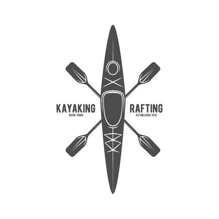 ヴィンテージ ・ ラフティング、カヤック、パドリング、カヌー キャンプのロゴ、ラベルとバッジのセットです。カヤック分離ベクトル。