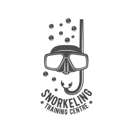 étiquette de plongée sous-marine. Underwater logo de natation. plongée Sea, spearfishing, illustration vectorielle. emblèmes Plongée sous-marine et des éléments conçus
