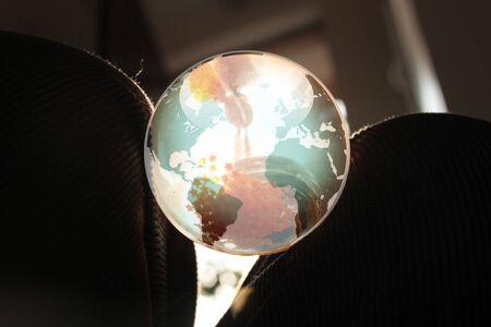 terrena: mondo in ginocchio Archivio Fotografico