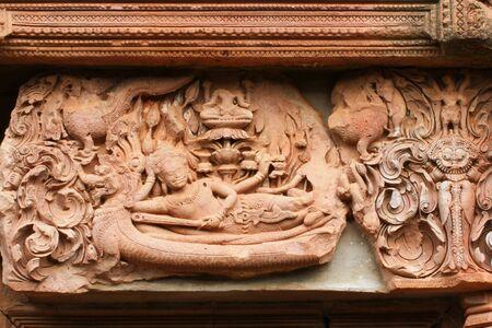 lintel: Narai lintel lay Yasin in Panomrung
