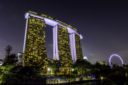 nightview: Nightview Marina Bay Sands With Singapore Flyer Editorial