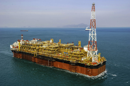 Oil & Gas offshore FPSO Oil Rig