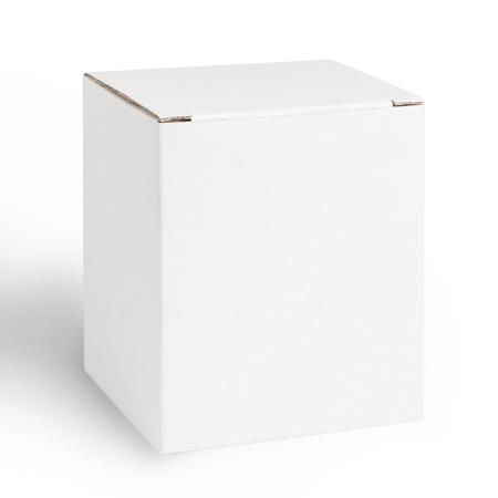boite carton: Box Blank isolé sur fond blanc Banque d'images