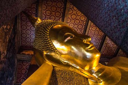 The reclining buddha in watpho bangkok thailand Stock Photo