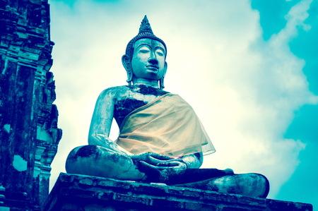 Old buddha statue in Ayutthaya temple at Thailand Standard-Bild