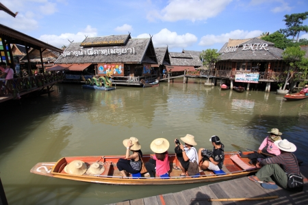 Thailand floating market pattaya 2012